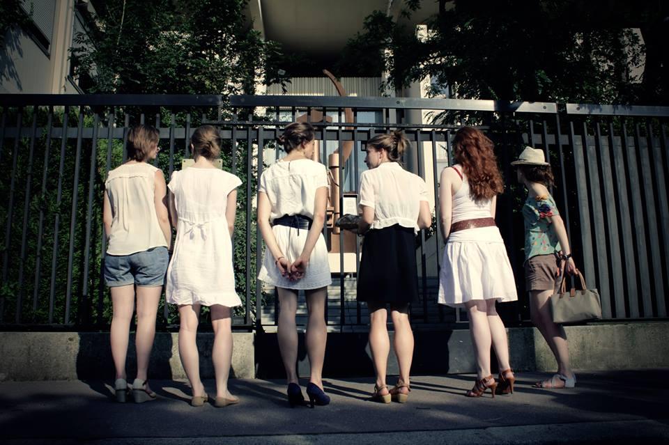 Nous contacte les adolescents russes